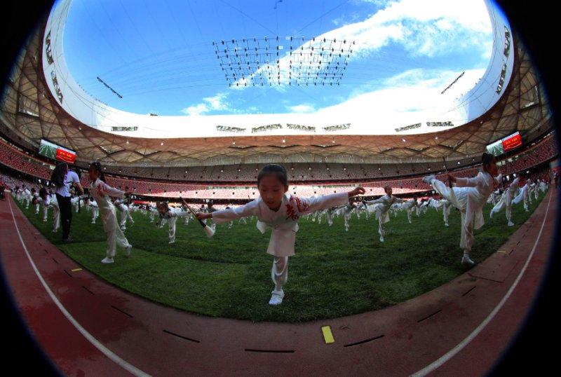 """北京第二实验小学教育集团2019体育节在""""鸟巢""""举行-新华图闻网"""