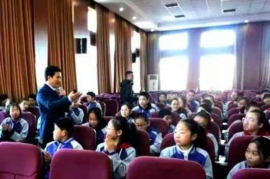 """北京实验学校开展""""爱的行动""""主题教育成果丰硕-新华图闻网"""